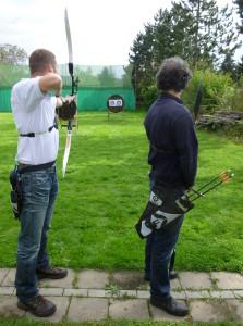 Bogen - beim Schießen